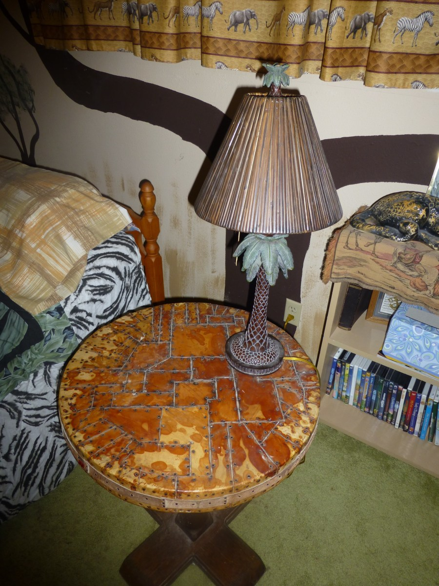 End table with lamp, found at a yard sale.