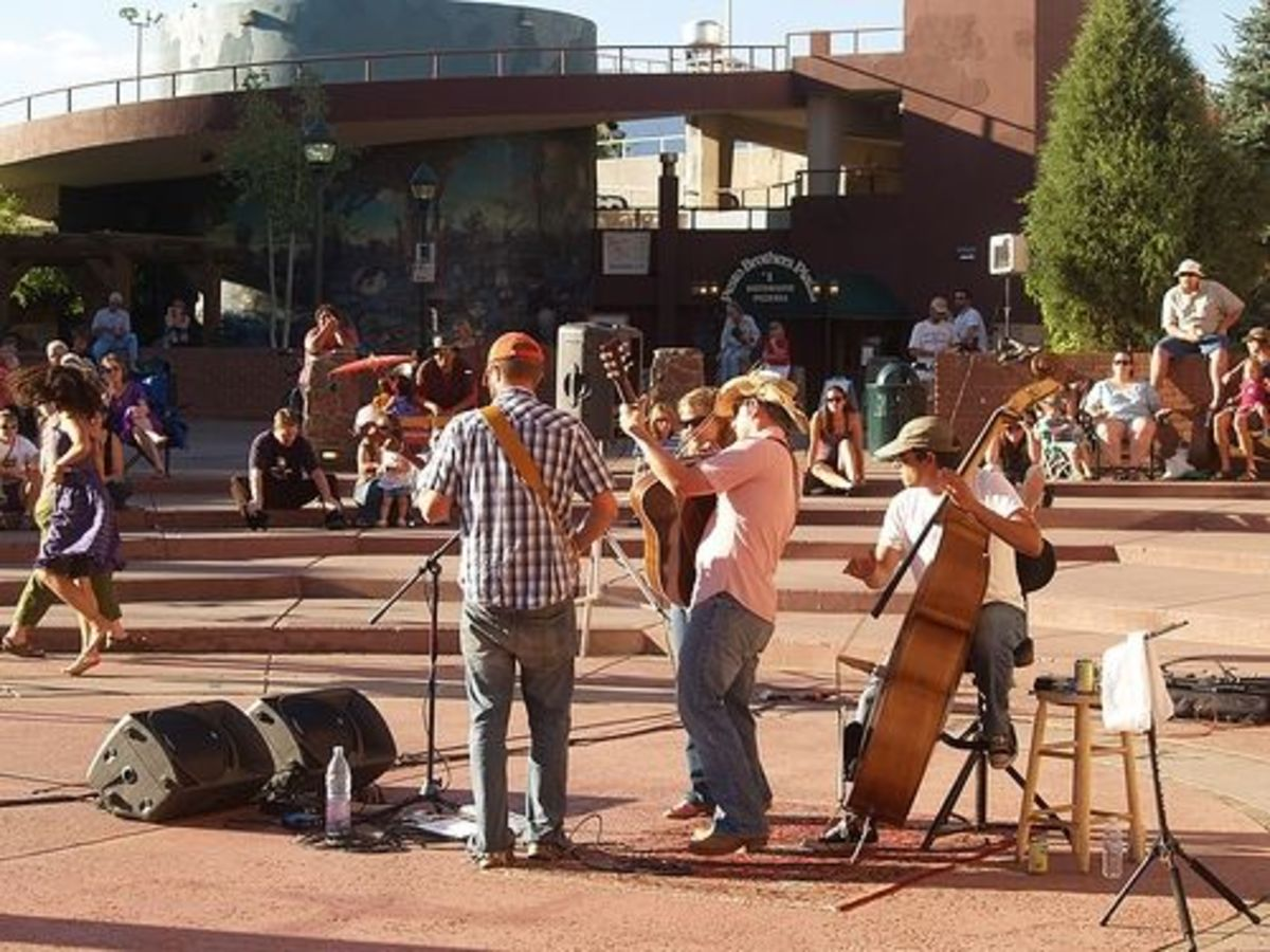 Listen to live music in Heritage Square