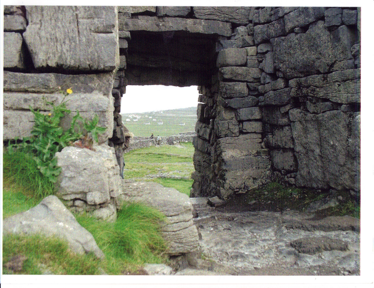Inside Dun Aengus looking out by R. Fleck