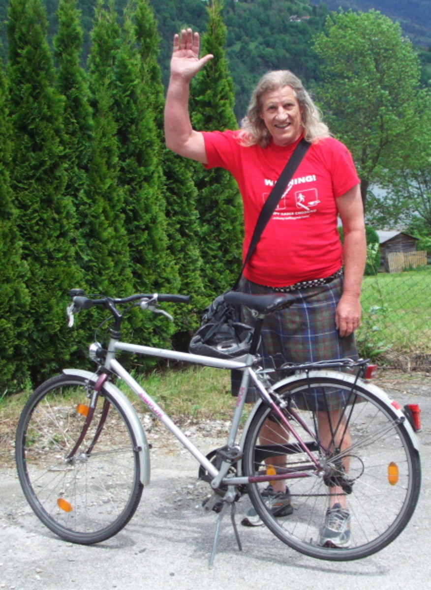 Radwandertag Ossiacher See cycling in kilt around Carinthian lakes