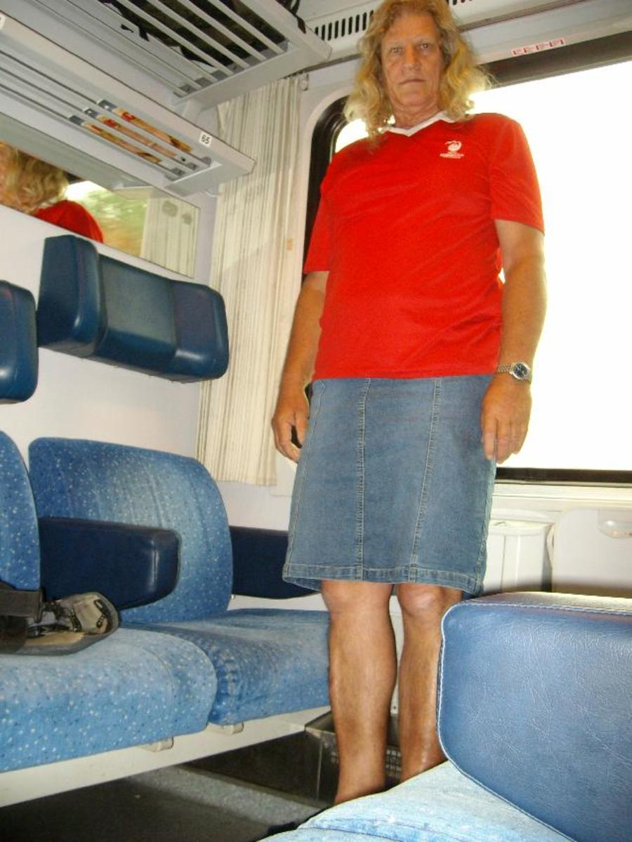 train ride to Praha in jeans outfit