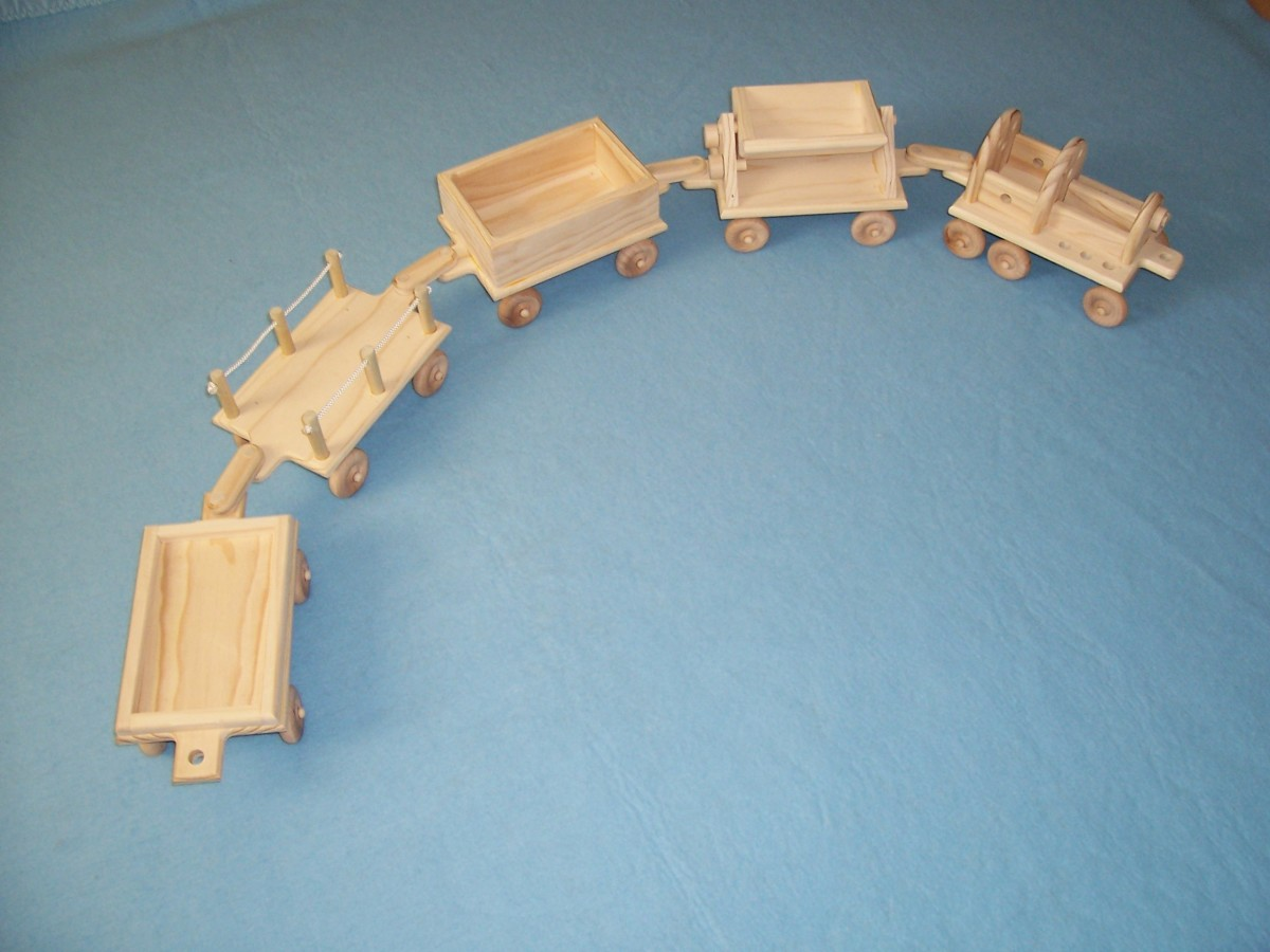 "A hook together ""wagon train"" set."