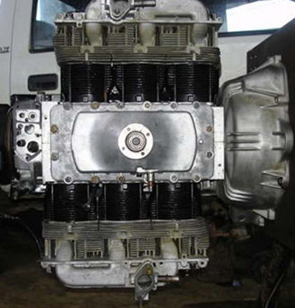 engine without shroud cover