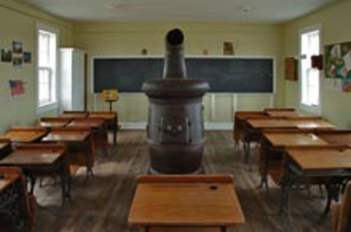 Inside the Gritter Schoolhouse in Iowa. Photo by Gerald Rowles, http://www.royaltyfreephoto.org/