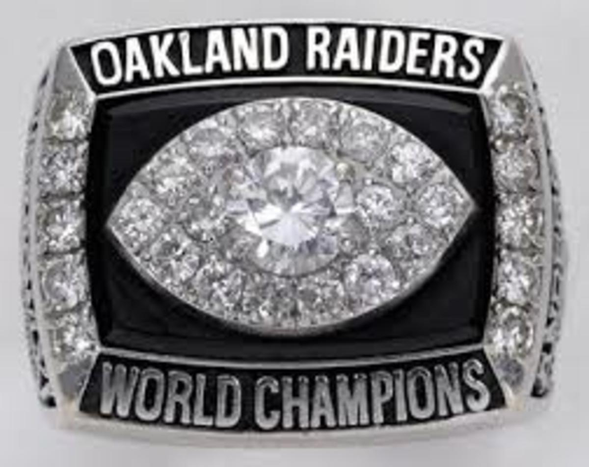 XI Oakland Raiders Super Bowl Ring 1977