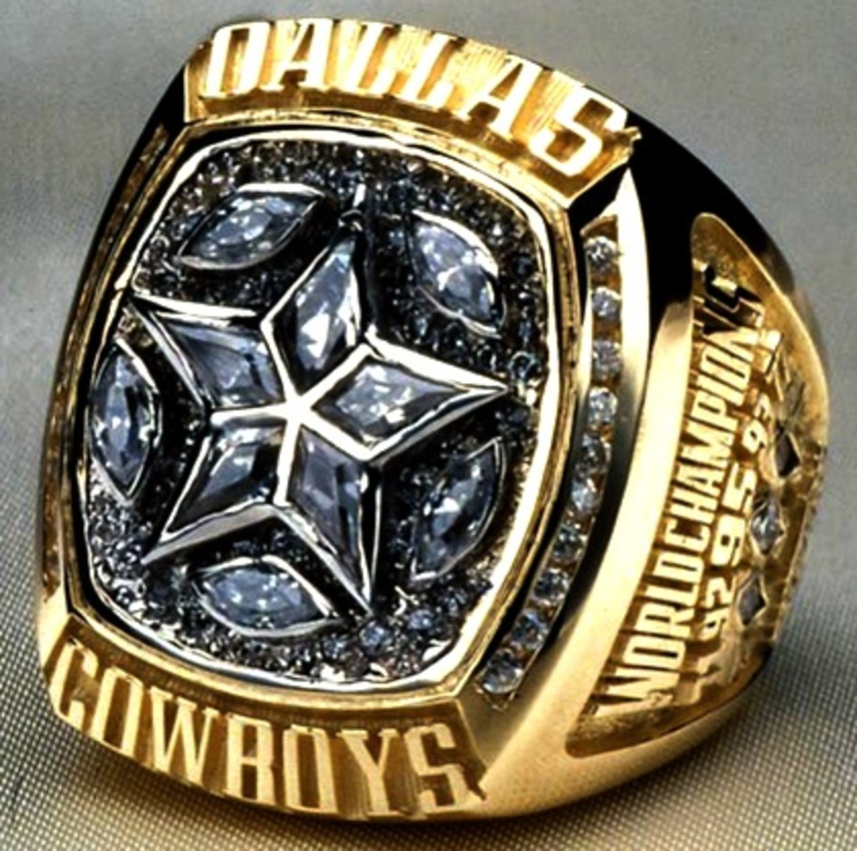 XXX Dallas cowboys 1996 super bowl championship ring