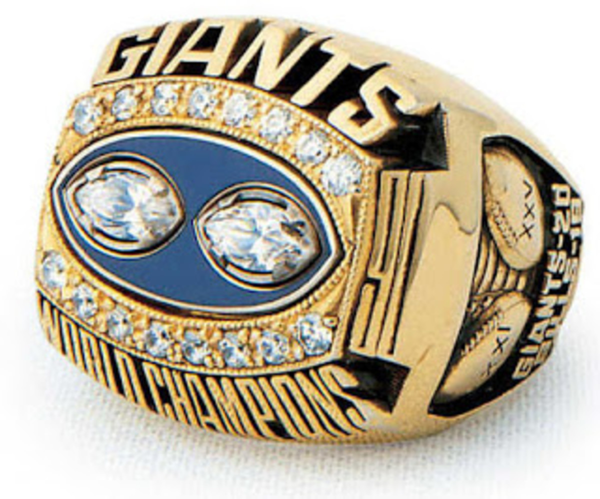 1990 Super Bowl Ring sold at auction for reportedly $250,000 Lawrence Taylor's ring