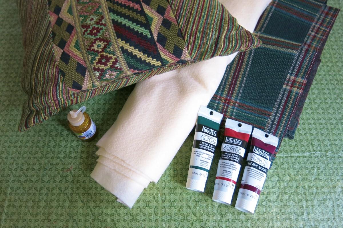 Materials to make a no-sew holiday pillow