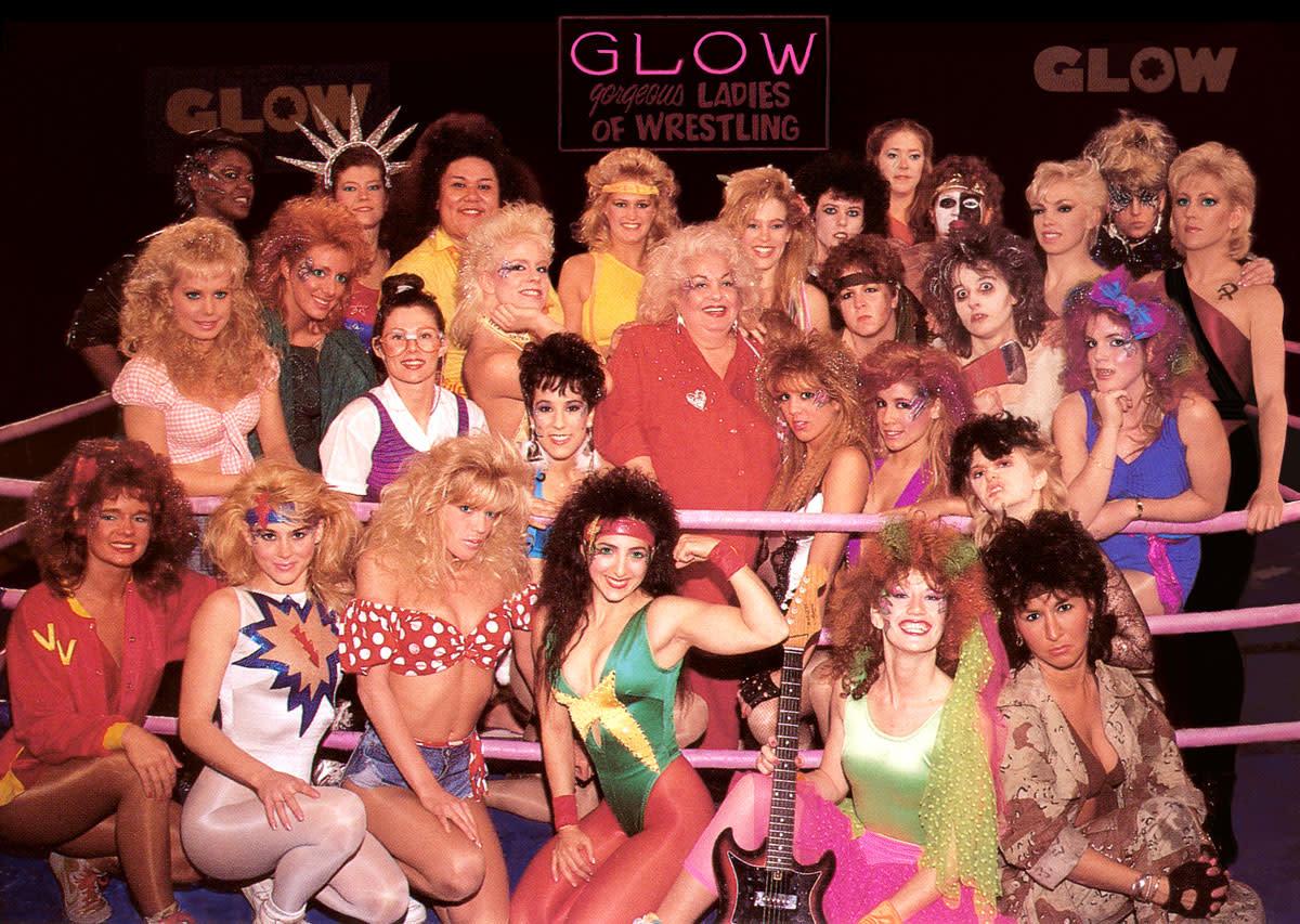 GLOW wrestling cast