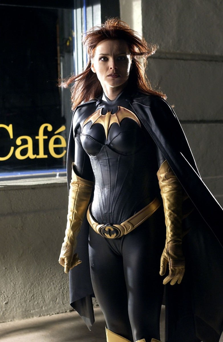 Dina Meyer as Batgirl/Oracle