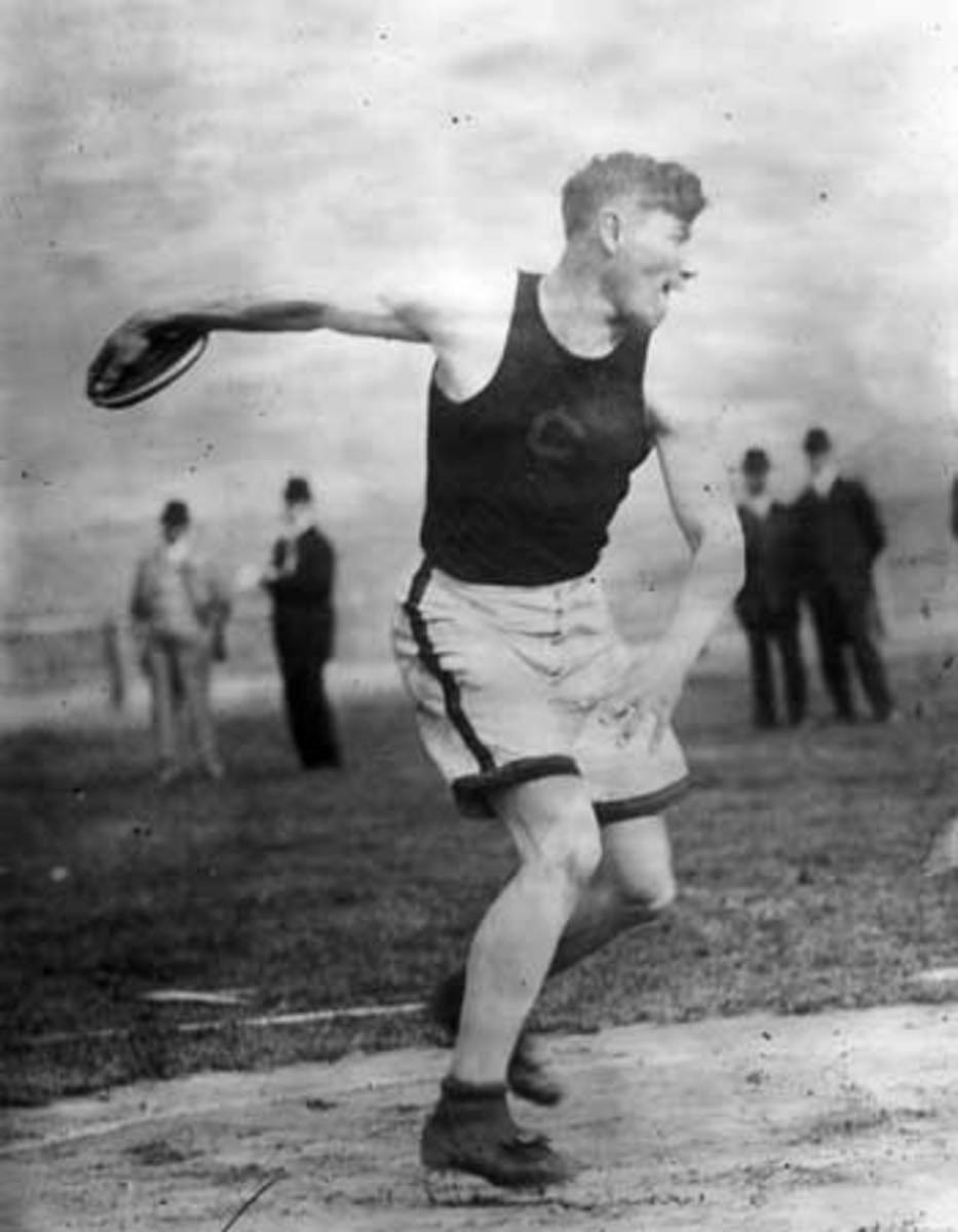 Jim Thorpe: Olympic gold medalist in the decathlon during the 1912 summer Olympics in Stockholm, Sweden