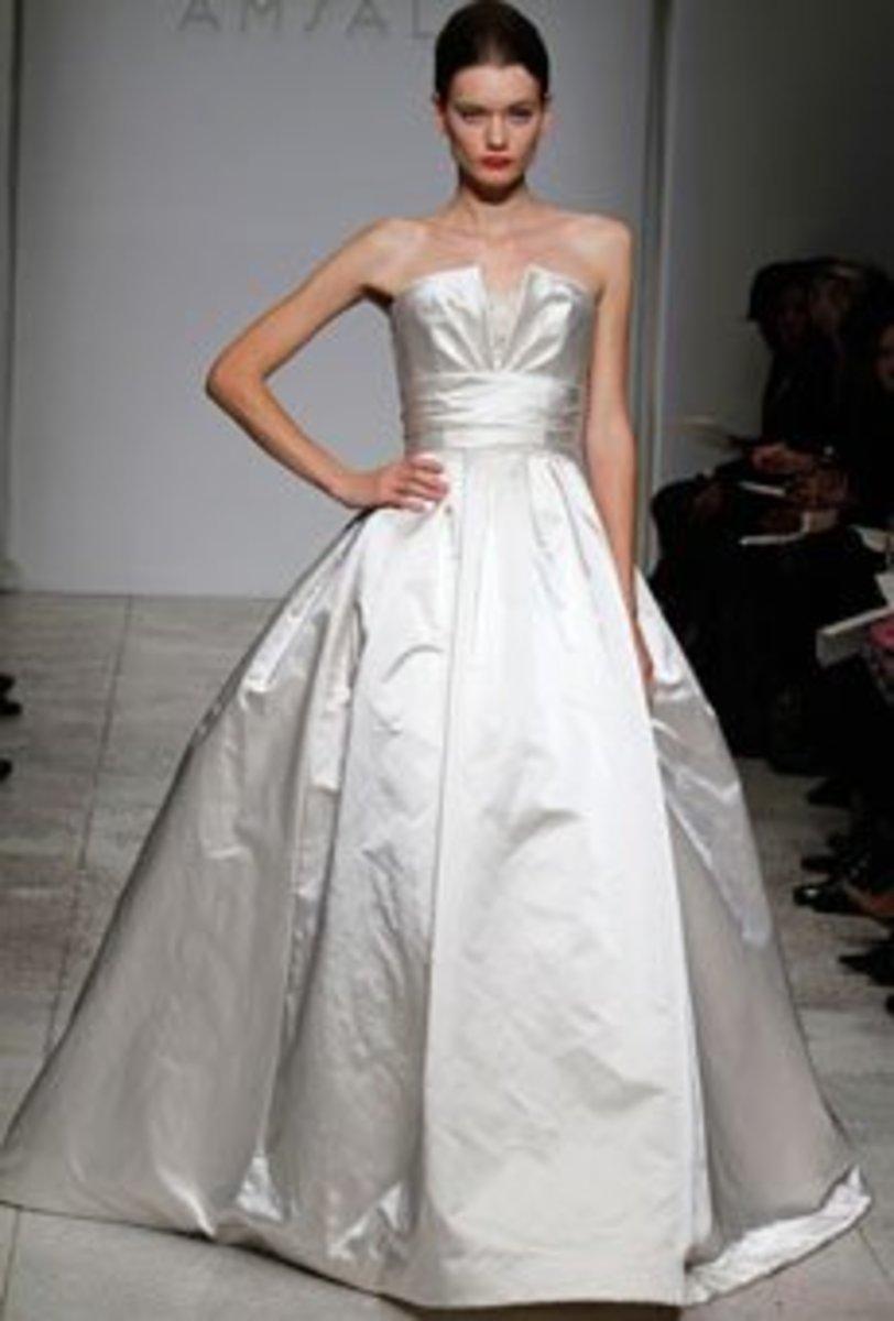 2010 Amsale wedding gown