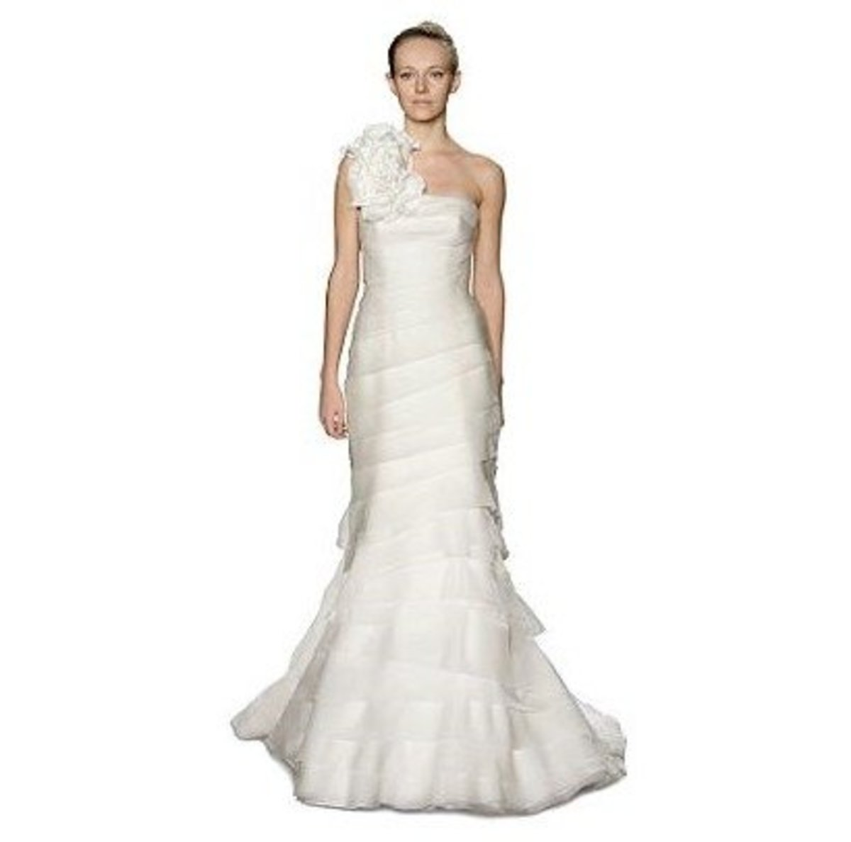 Chic Vera Wang one shoulder wedding dress