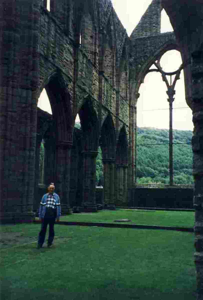 Tinturn Abbey. Photo Margery McGregor, 1983