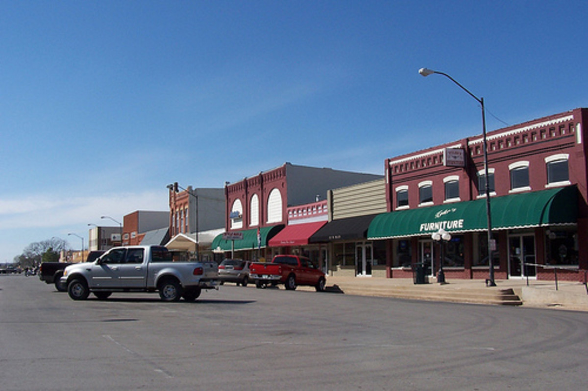 West Main Street, Purcell, Oklahoma