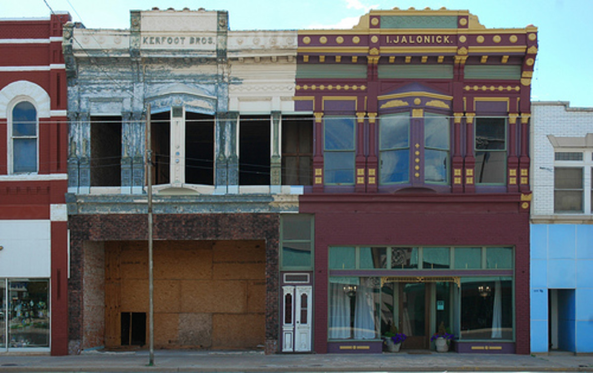 Historic downtown El Reno: This 1892 Early Commercial building is one of the oldest brick buildings in El Reno and is associated with El Reno's early commercial development.  The right side of the building has been renovated, while the left is still