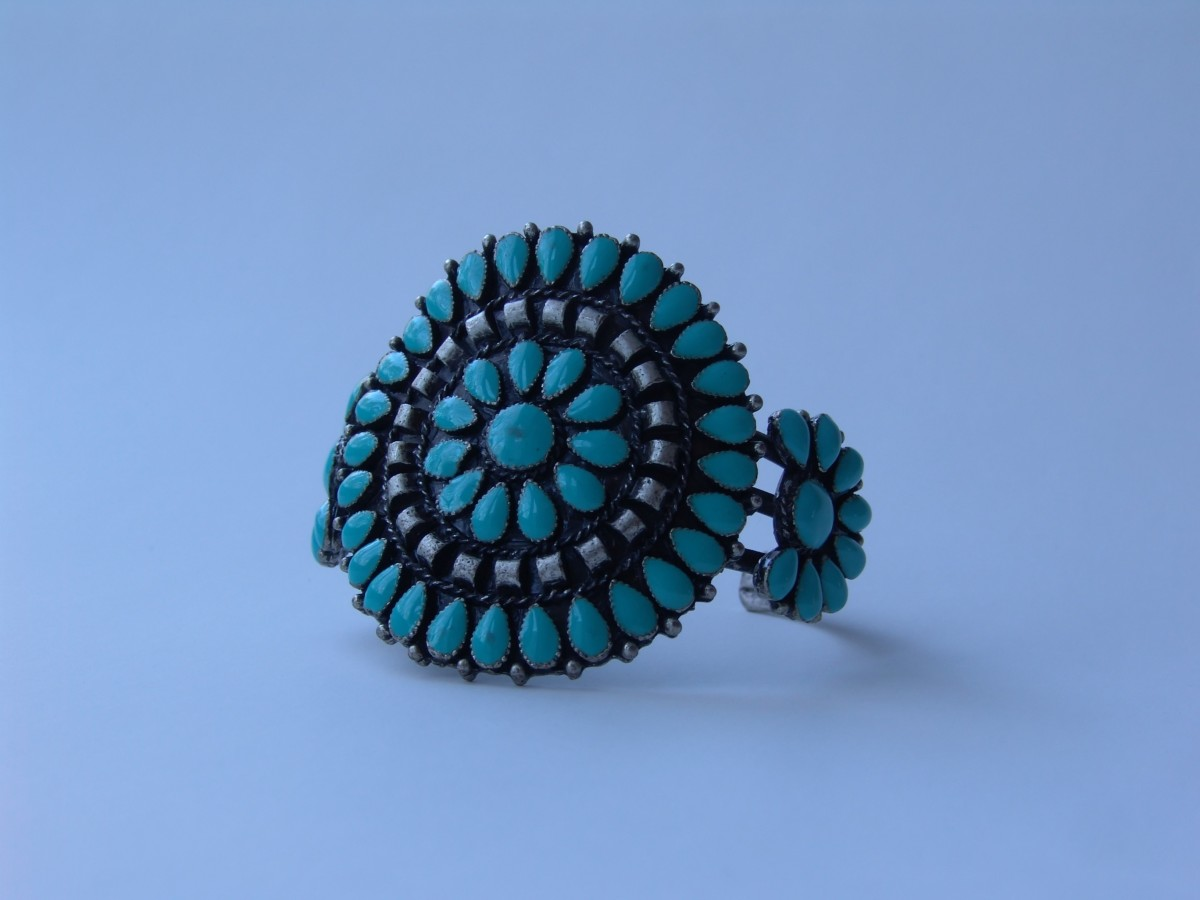Turquoise Rings come in a wide range of designs.