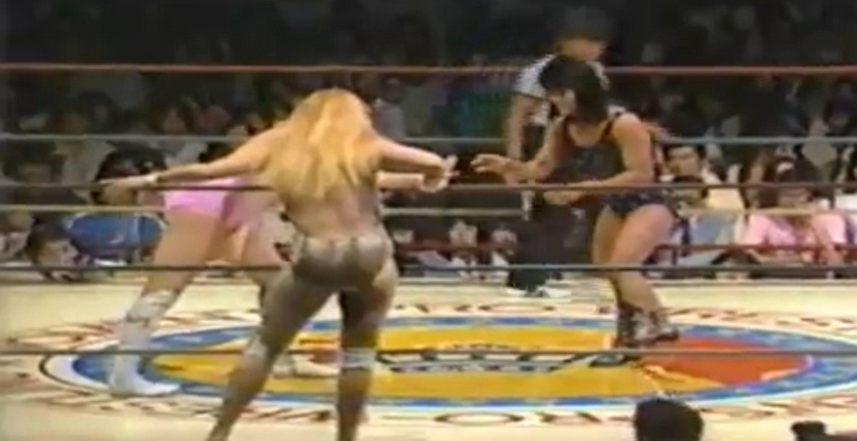 Jumping Bomb Angels vs. Judy Martin and Velvet McIntyre