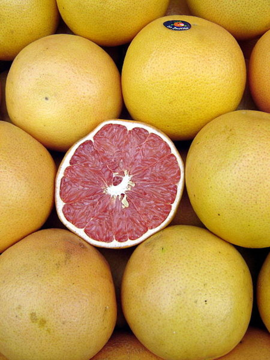 Johannrela photographed grapefruit in Buenos Aires, Argentina on May 6, 2006.