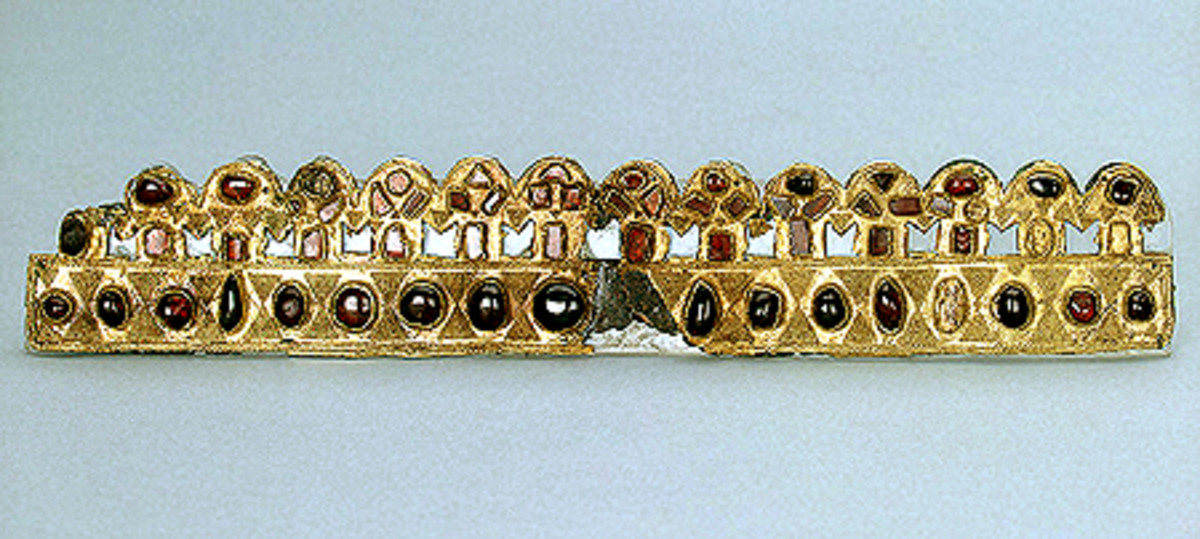Gold, bronze, and garnet diadem, dating from the late 4th - early 5th Century Russia