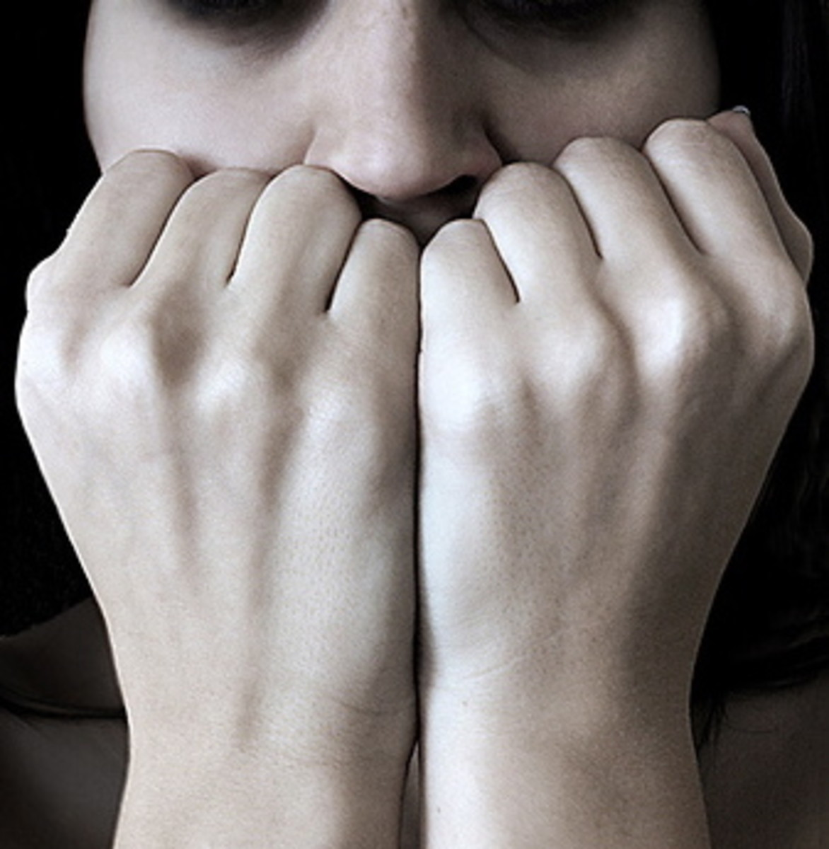 10 Ways for how to Calm Down When Anxiety Strikes
