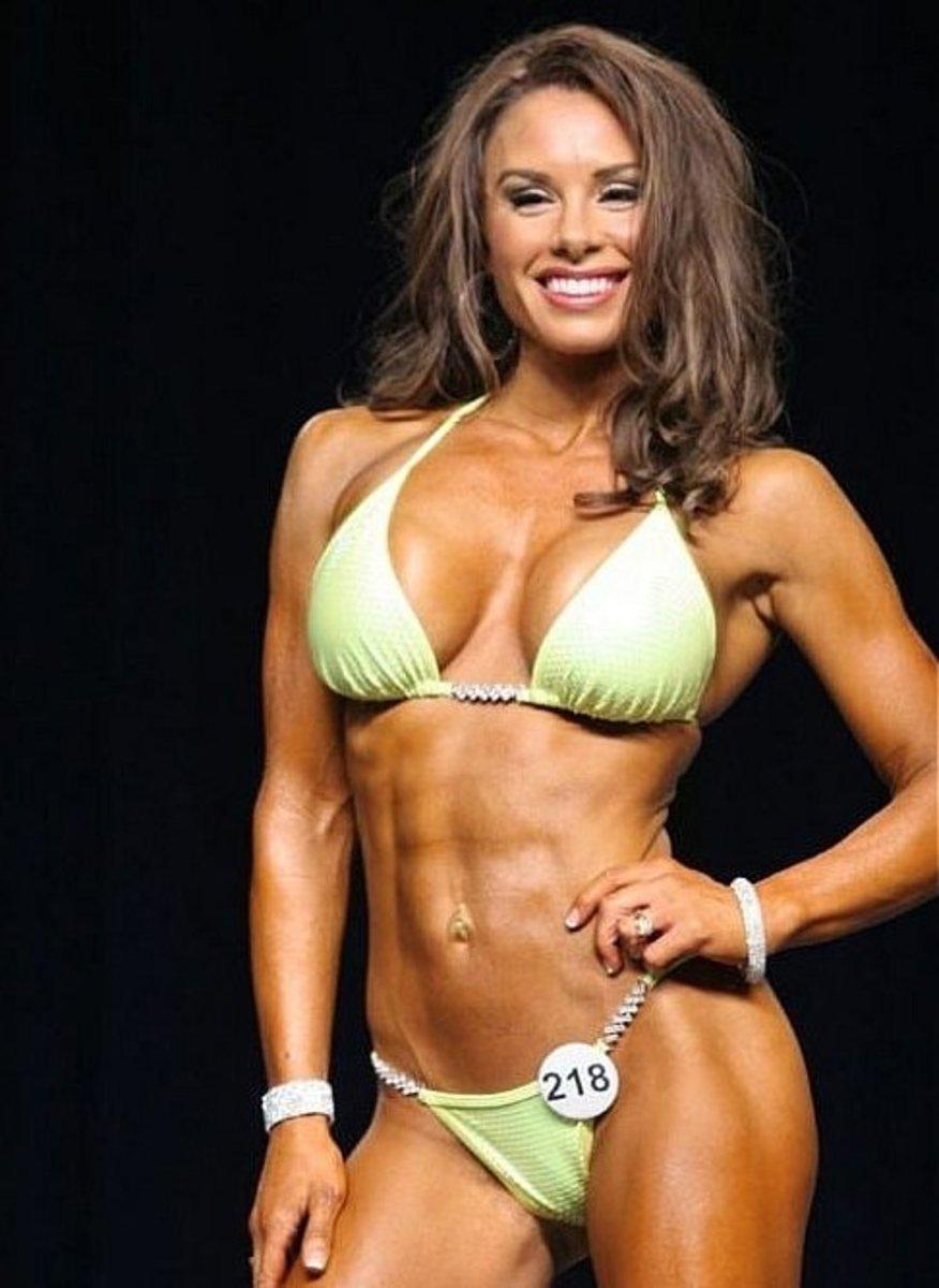 Alea Suarez - IFBB Bikini Pro