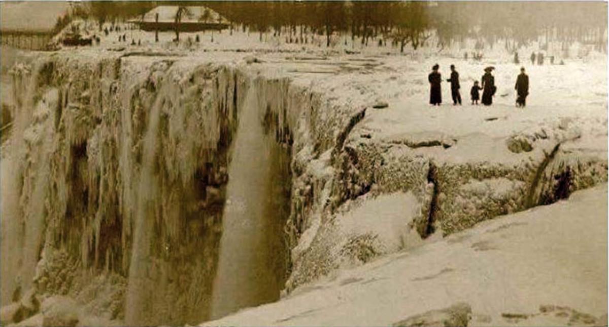 Niagara falls froze over in 1911