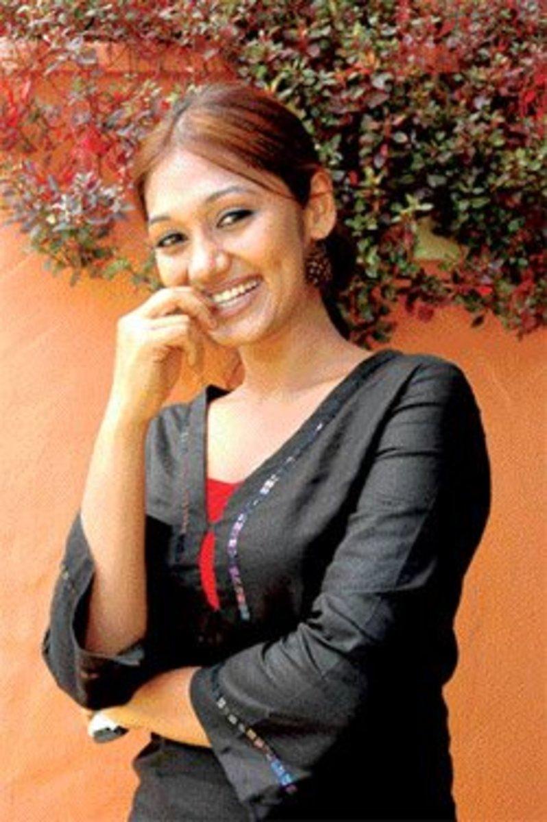 Upeksha Swarnamali Sexy Actress