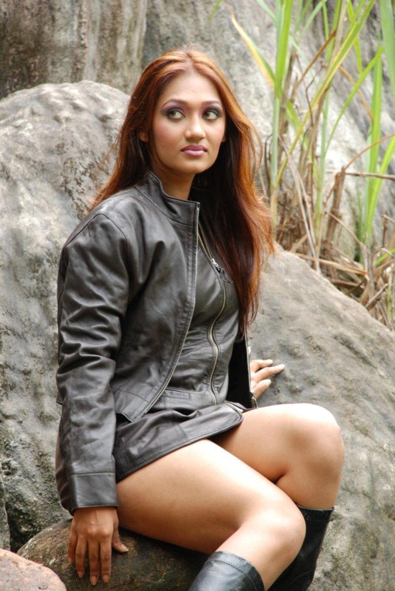 Upeksha Swarnamali Sexy Model