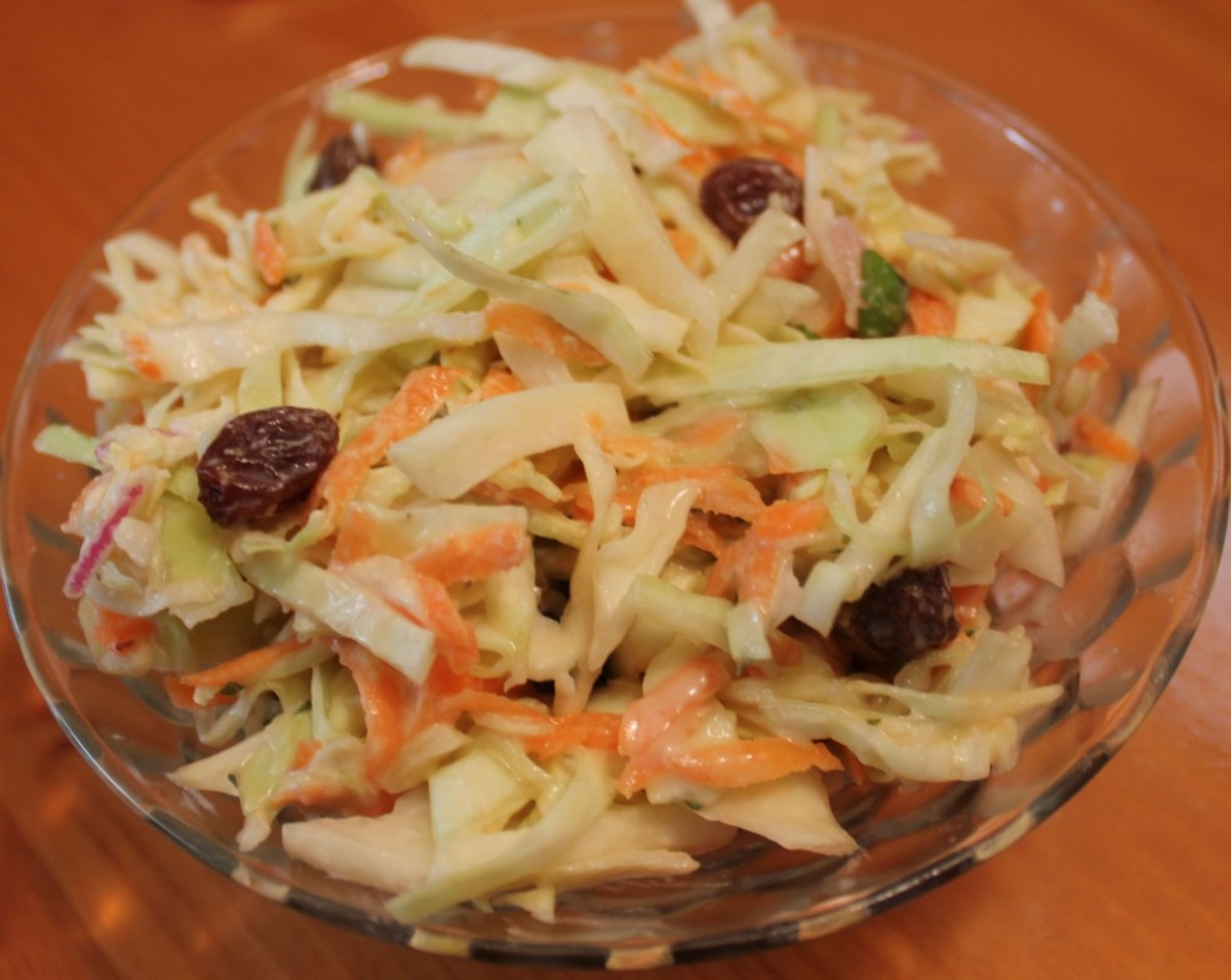 How to Make Ladies Auxiliary Coleslaw with Raisins and Carrots