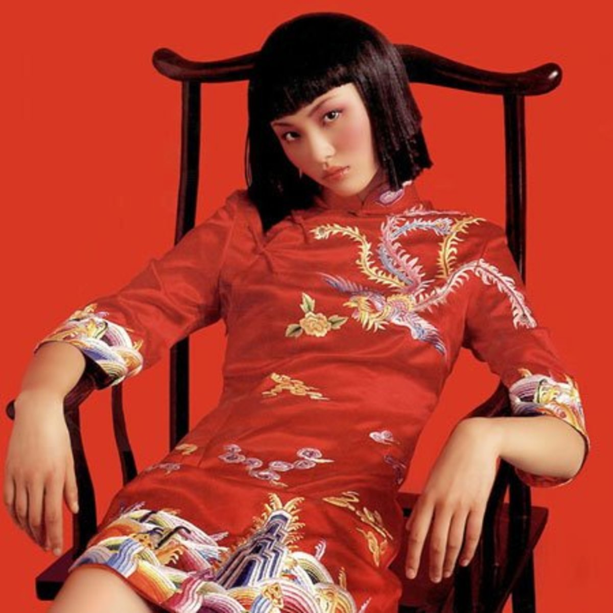 RED cheongsam is the way to have a red dress in Chinese culture