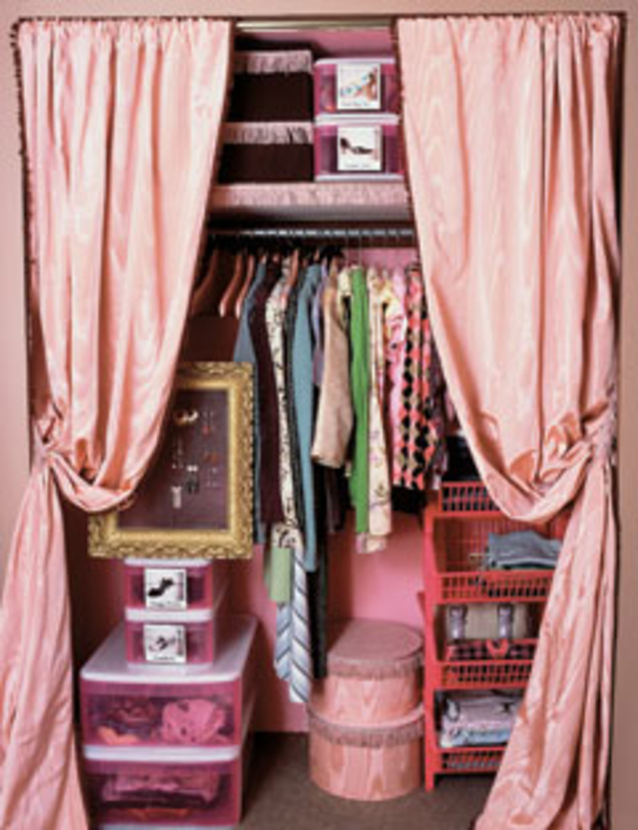 A Small But Organized Closet