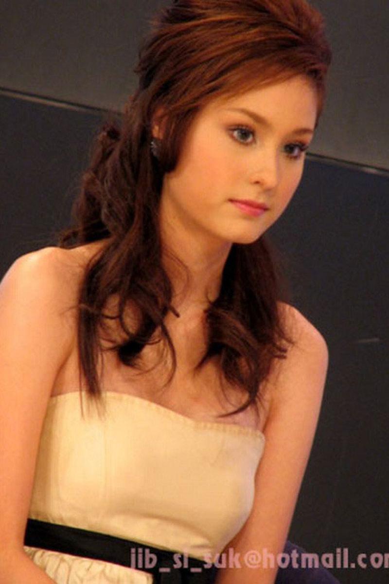 Kwan Usamanee Vitayanon Most Beautiful and Sexy Thai Actresses