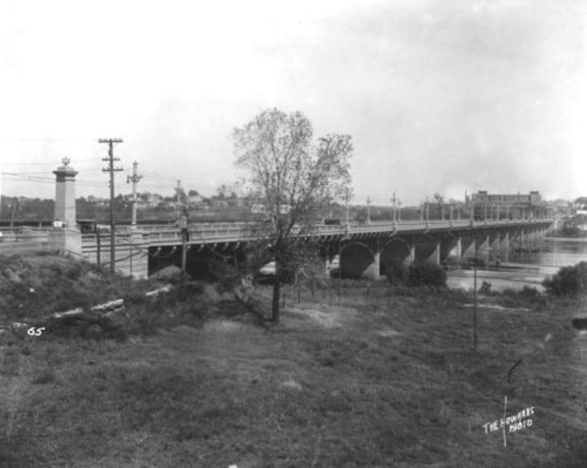 Tulsa Attractions: The Bridge to Jenks, Oklahoma crossing the Arkansas River