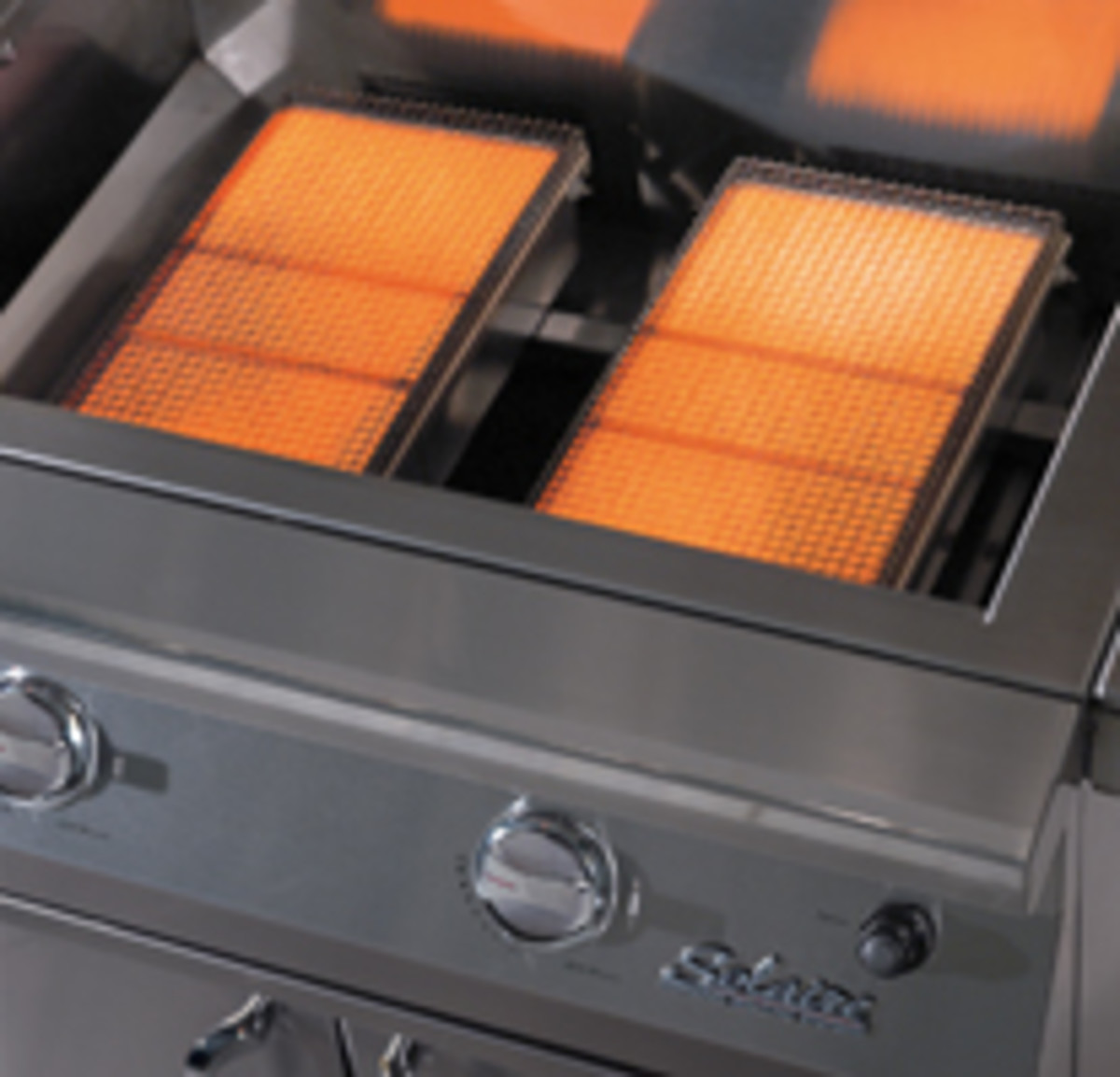 Infrared grills create heat by pressurizing the gas in the burner.  Burners are adjustable but are known to heat to 1400 degrees in minutes.