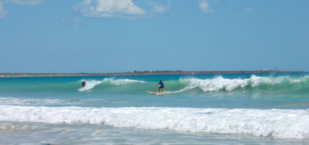 A small weak surf, but a surf nevertheless - an unexpected bonus to Broome.