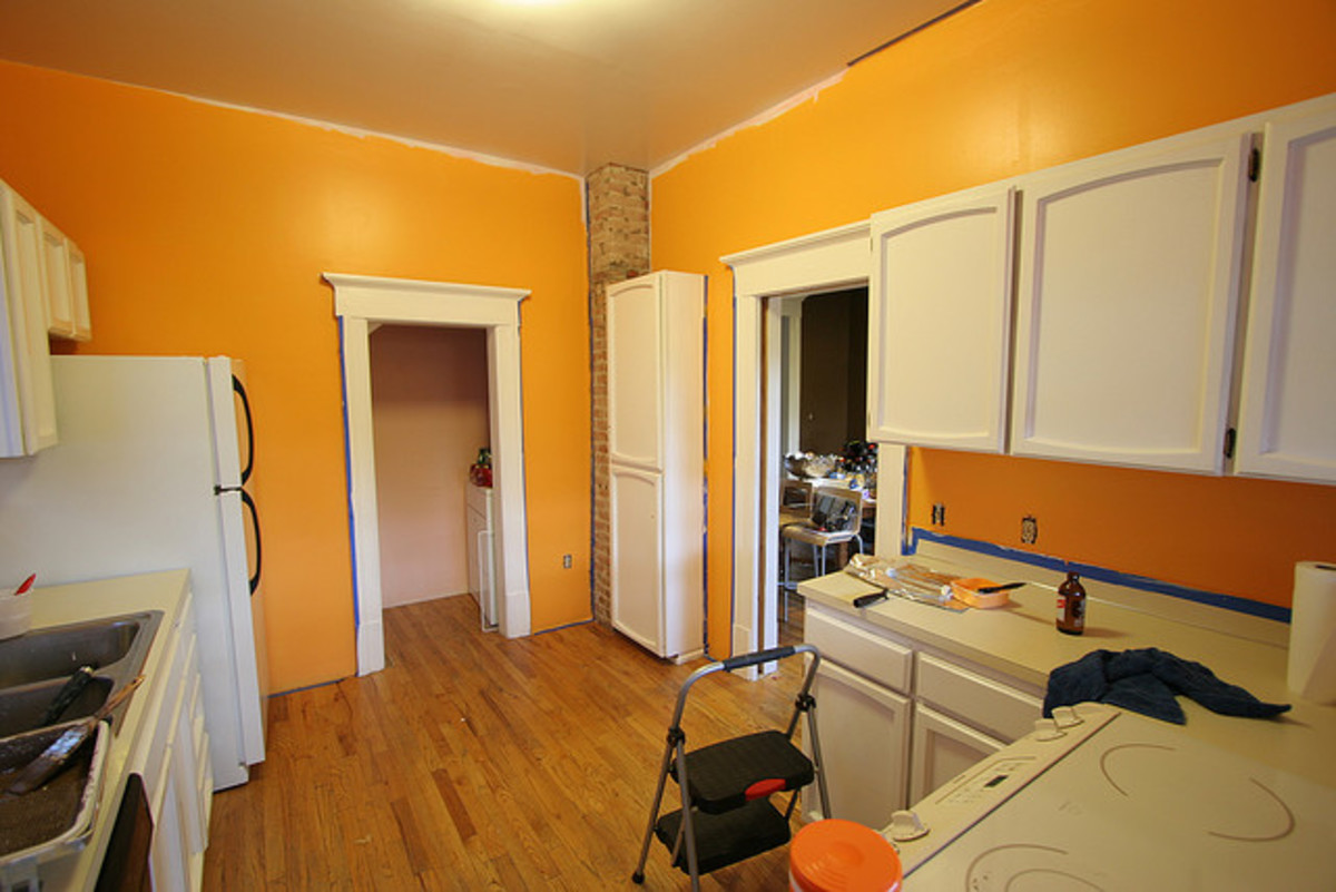 How to paint kitchen walls hubpages Bright yellow wall paint