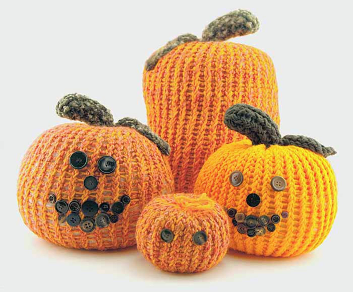 Jack-O-Lanterns for the Knifty Knitter