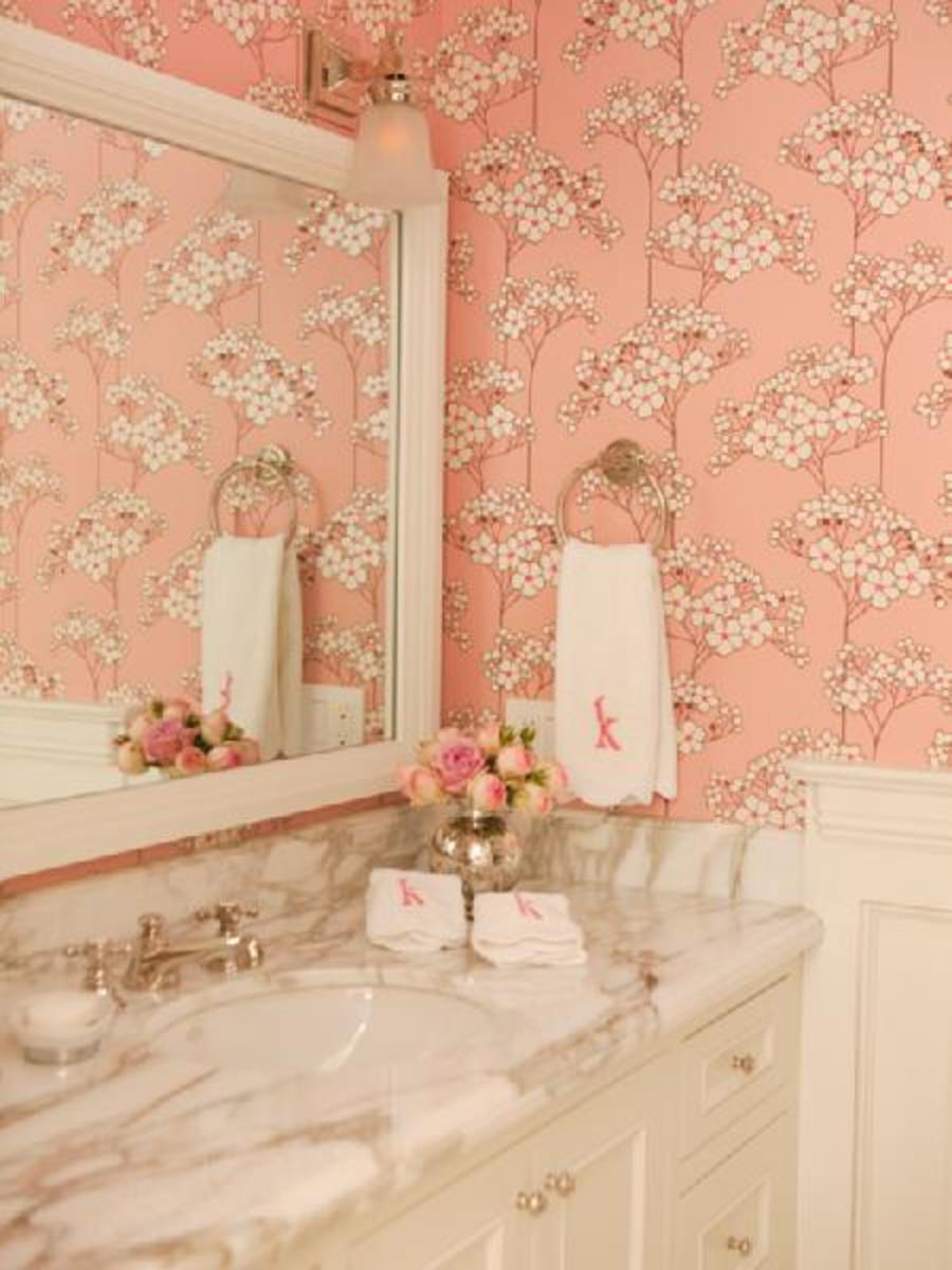 Elegant pink floral wallpaper in bathroom with grey marble for Pink and grey bathroom ideas