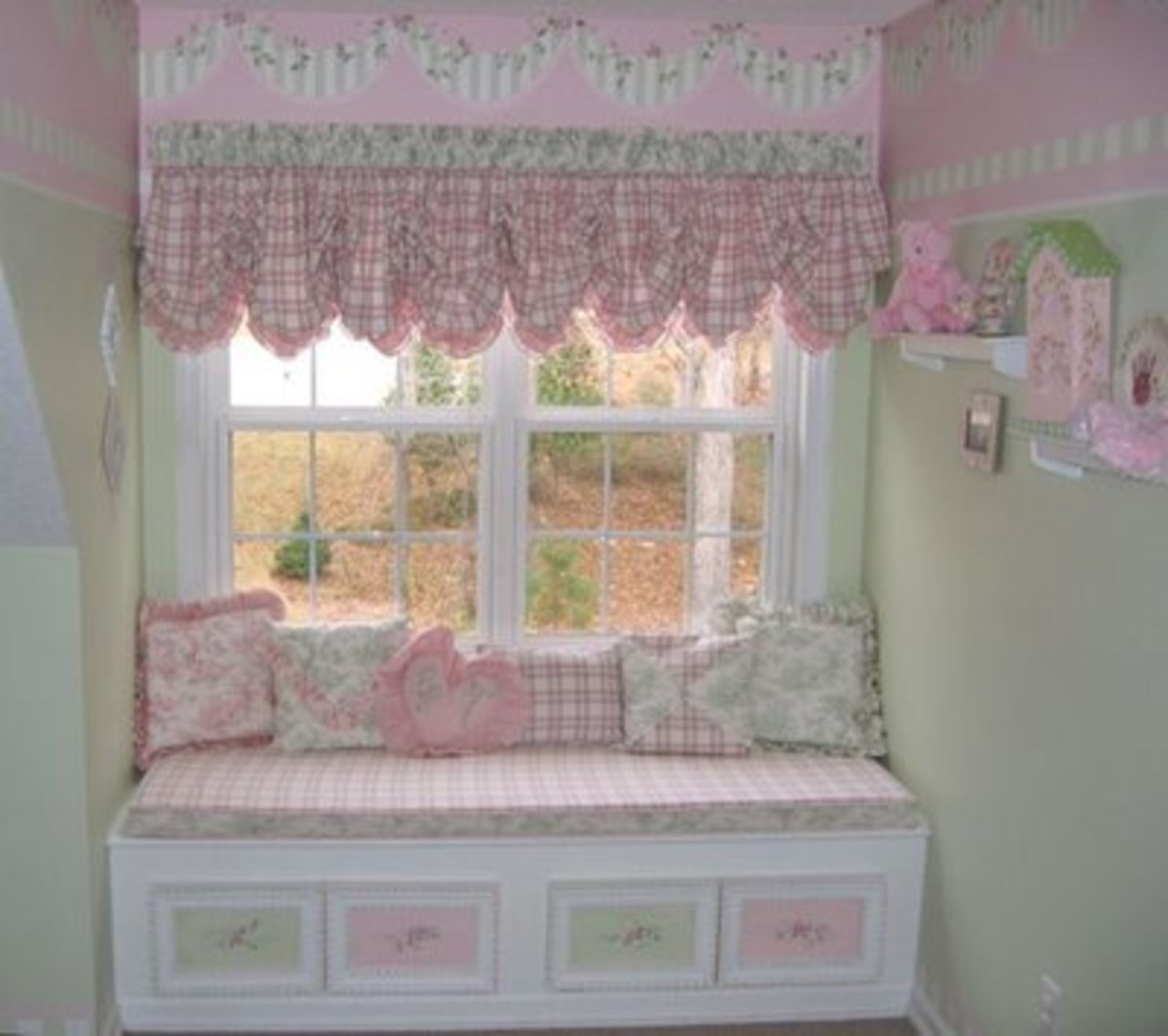 pink and white bedroom with balloon curtains