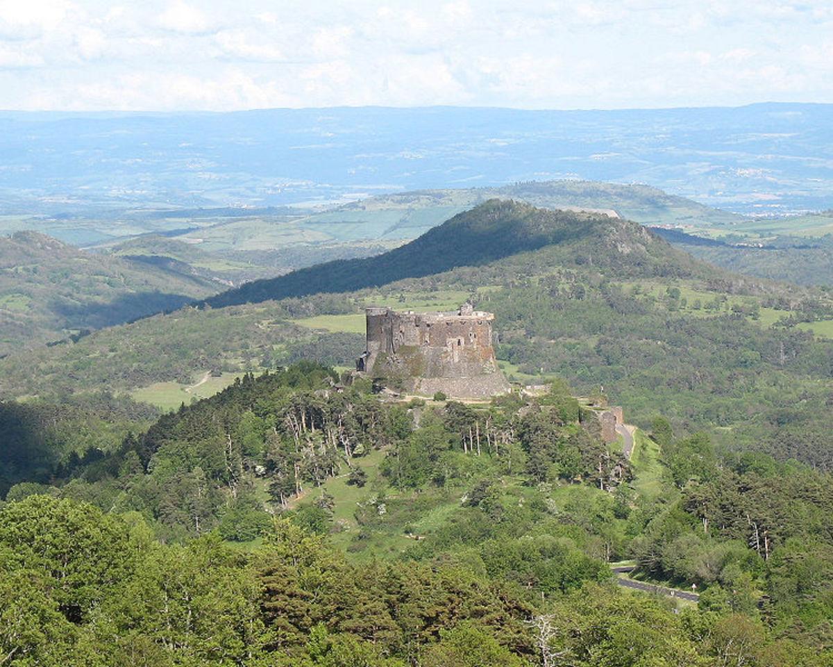 La Guerre des Boutons was set here, Murol, Puy-de-Dome, Auvergne, France