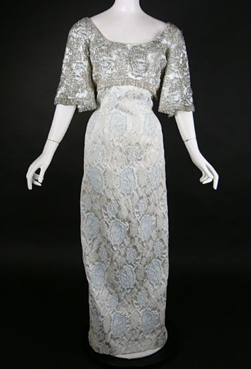 Beautiful vintage clothing for sale with dresses to wear to showers