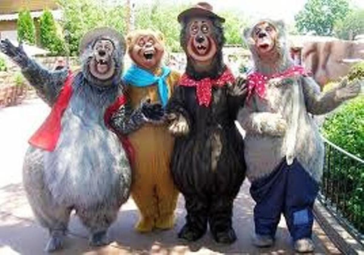 4 Of Disneyland's Country Bears Big Al, Tennessee, Ernest, and Liver LIps McGrowl.