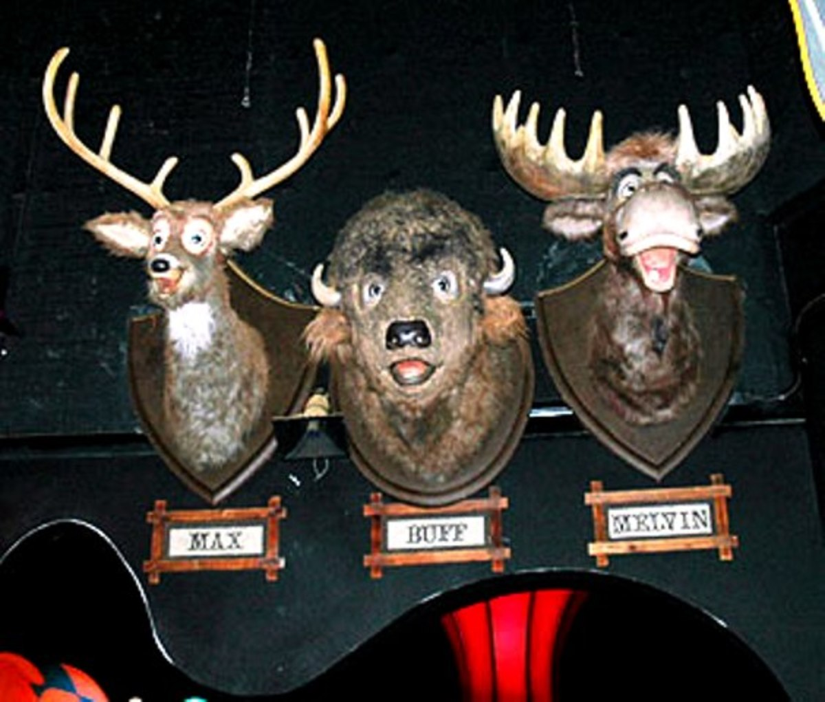 Buff, Max, and Melvin The Country Bear Jamboree 1972 - 2001