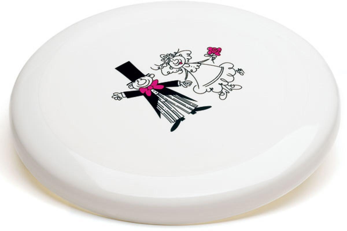 A wedding Frisbee