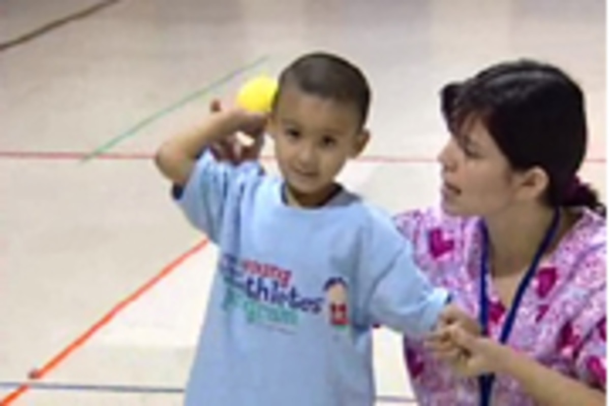 how-to-effectively-teach-an-overhand-throw-to-elementary-students