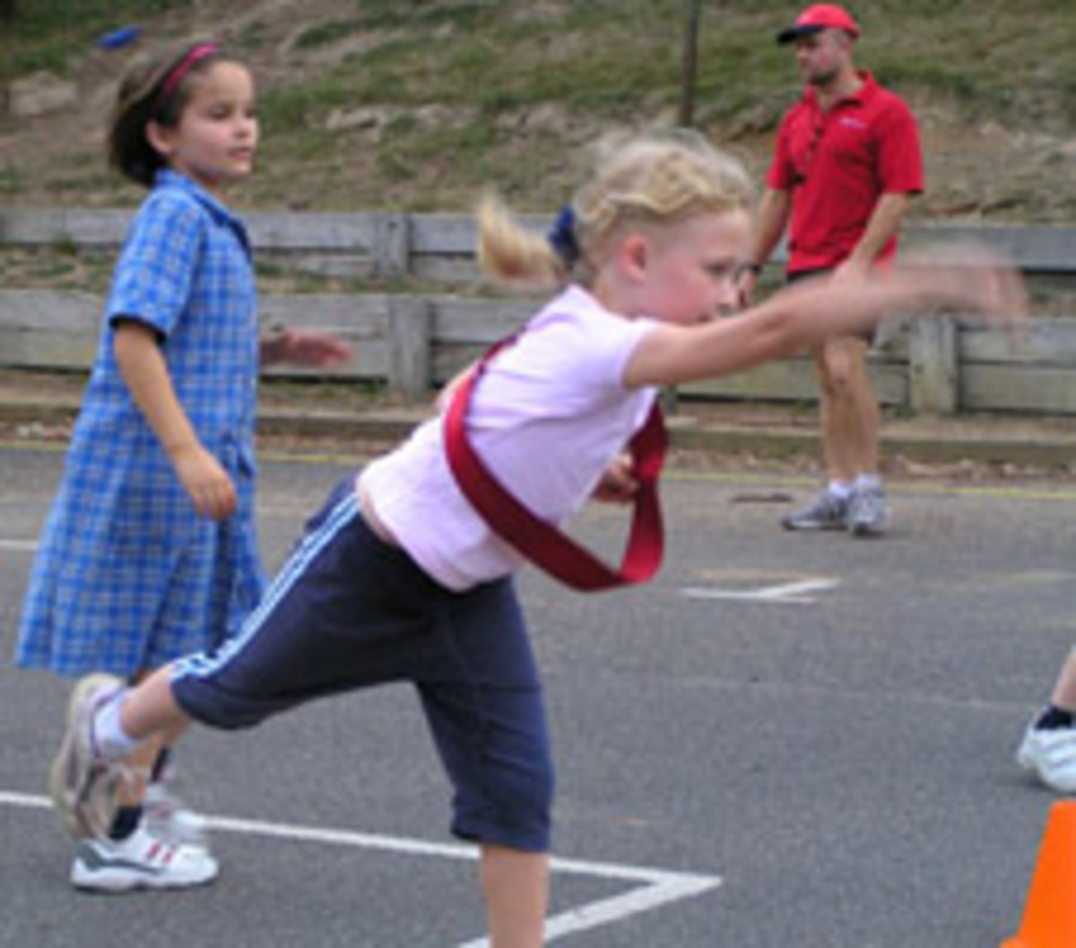 How to Effectively Teach an Overhand Throw to Elementary Students