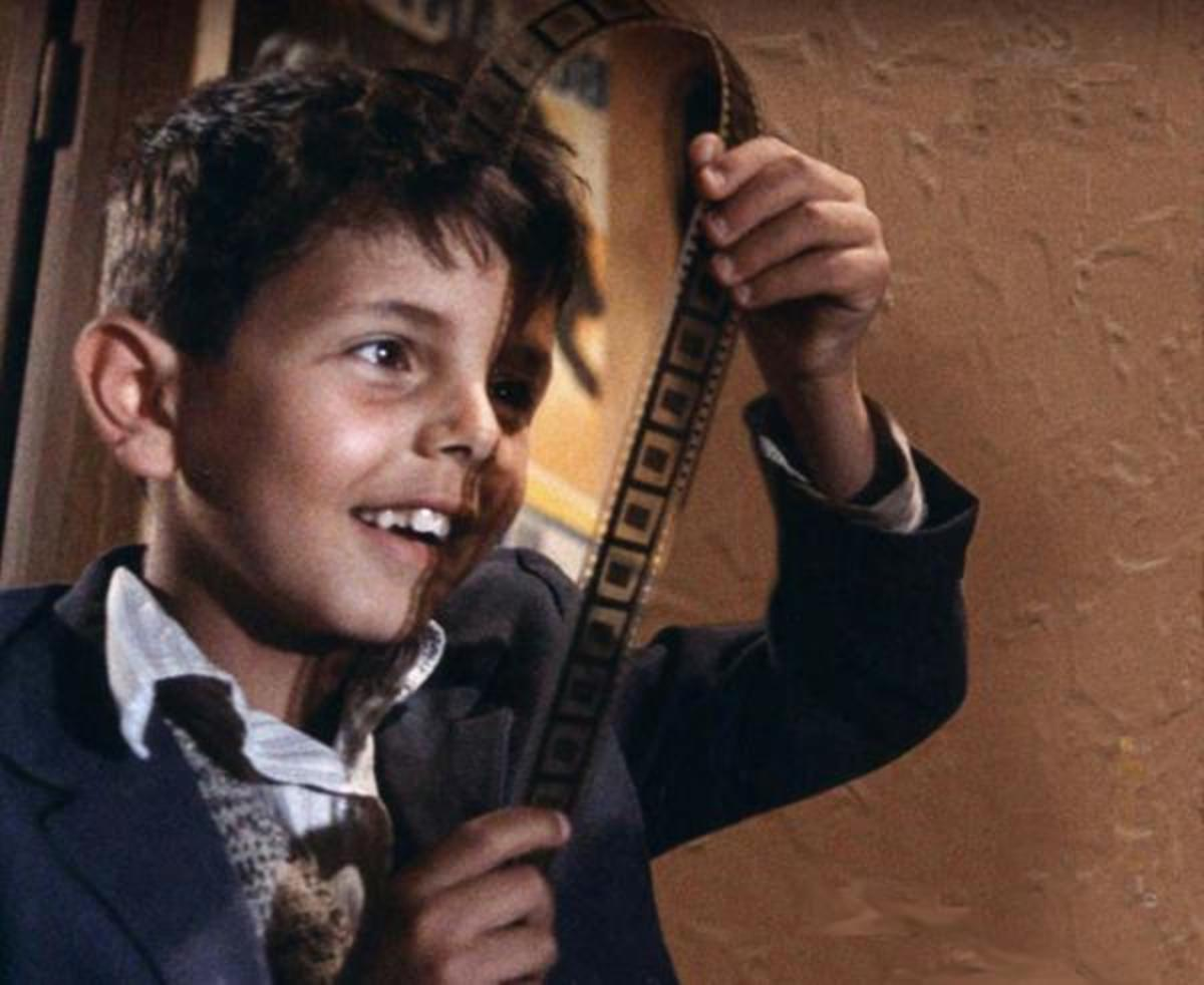 A boy's love for the wonderful world of films in Cinema Paradiso.