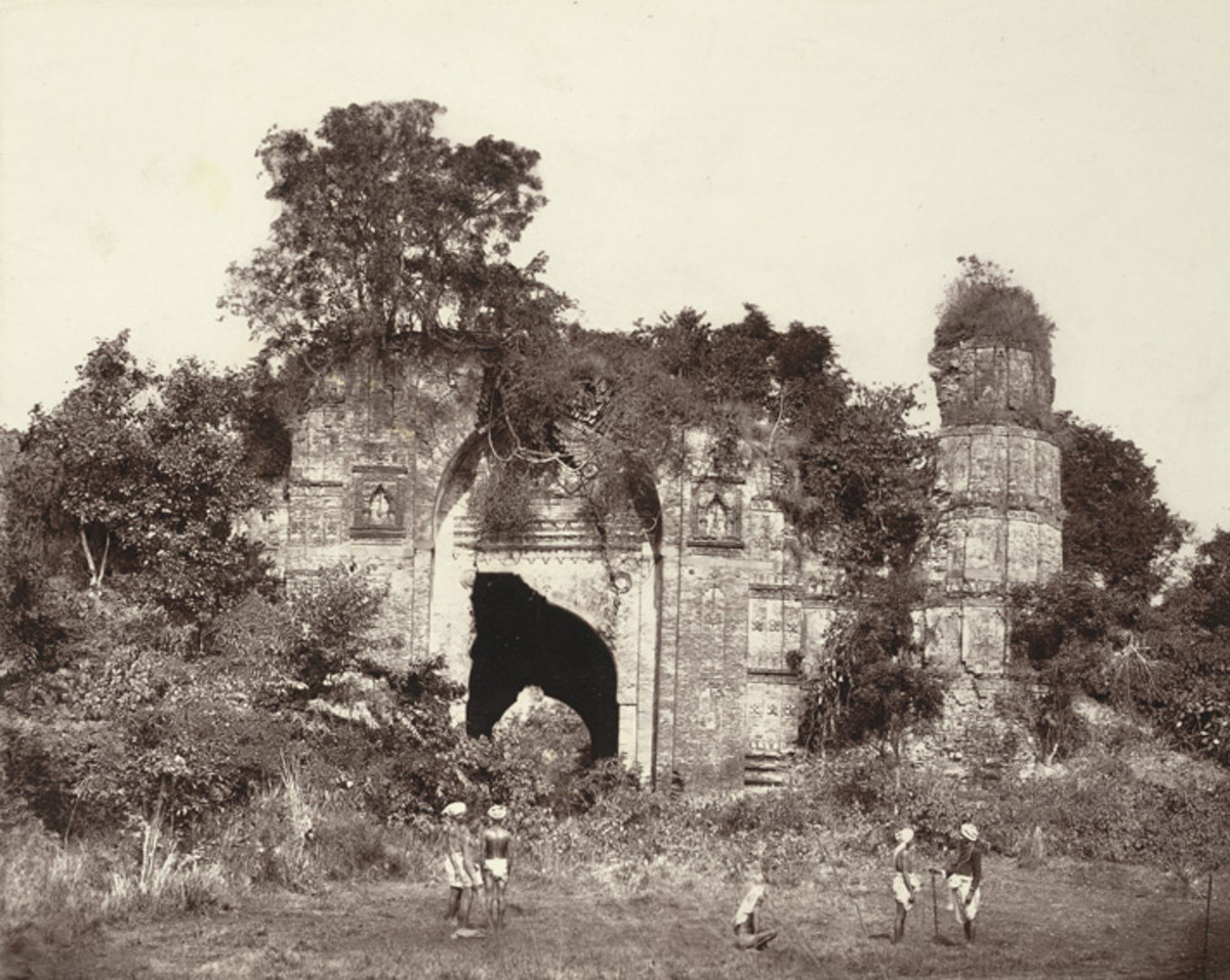 Dakhil Gate. South View; a photo by John Henry Ravenshaw, 1860's