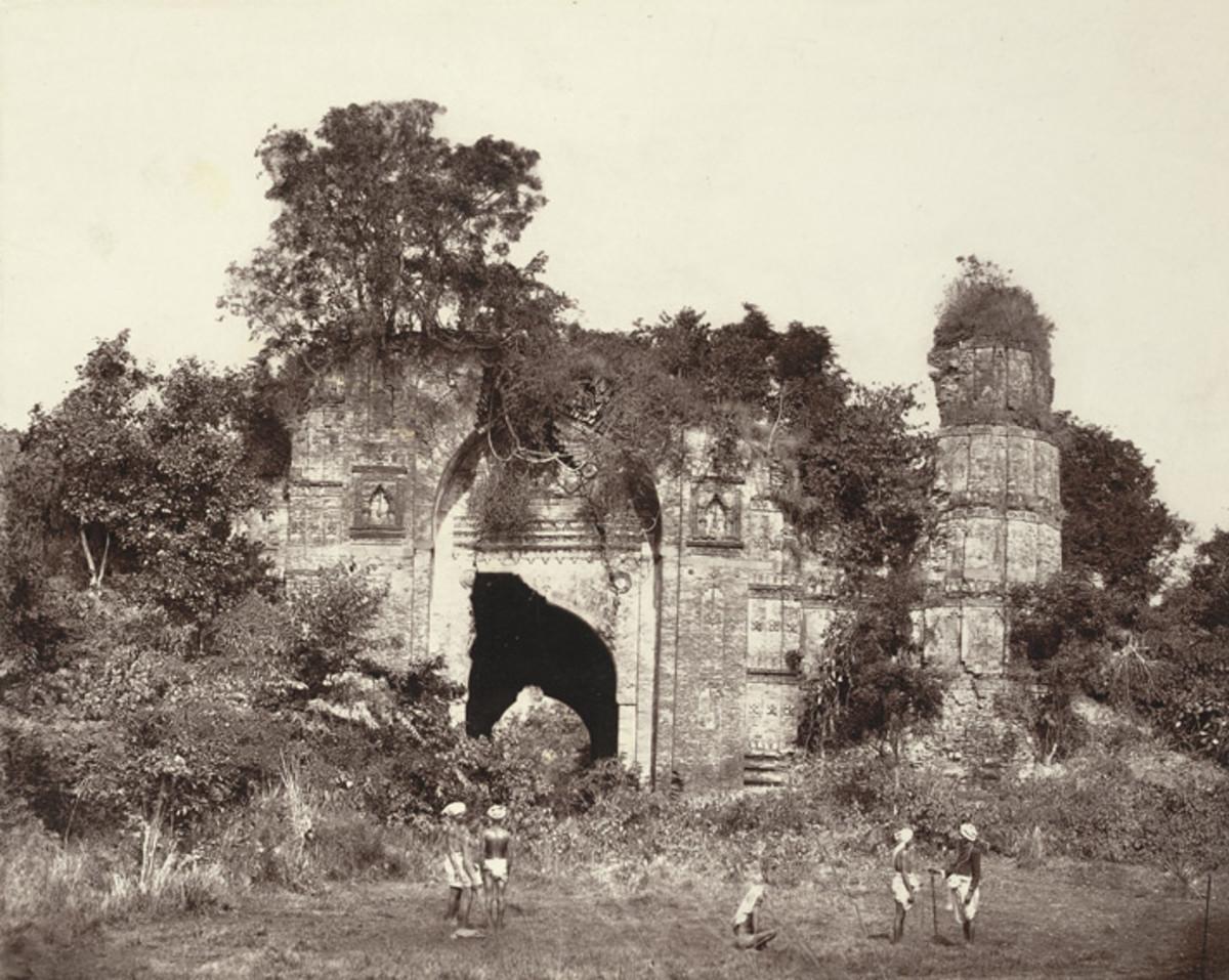 Dakhil Gate. South View; a photo by John Henry Ravenshaw, 1860's